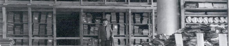 Blick in das Magazin am Standort Orangerie, Anfang der 1950er Jahre