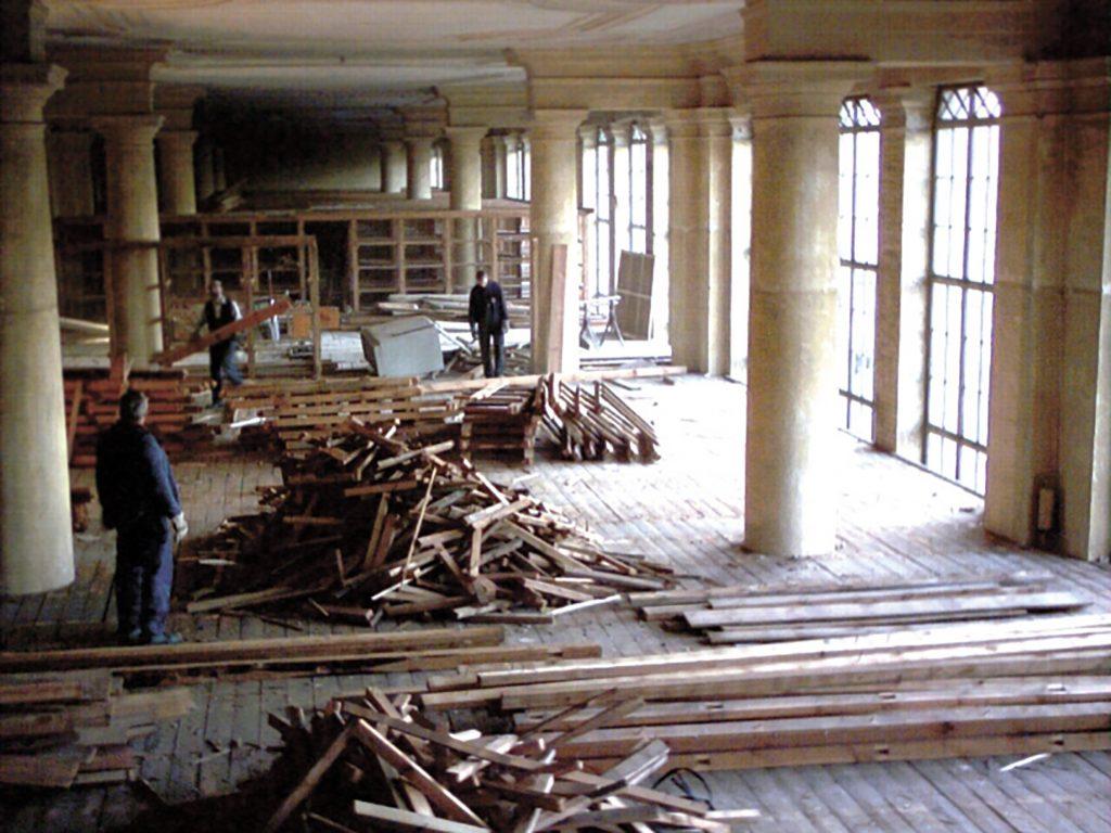 Ein Einblick in die Rückbaumaßnahmen am alten Standort in der Orangerie
